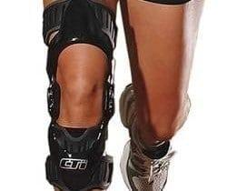 knee-brace-2-250x210